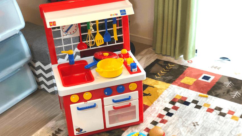 キッチン赤1
